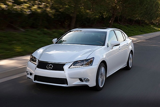 LEXUS-GS-medium-4388_46